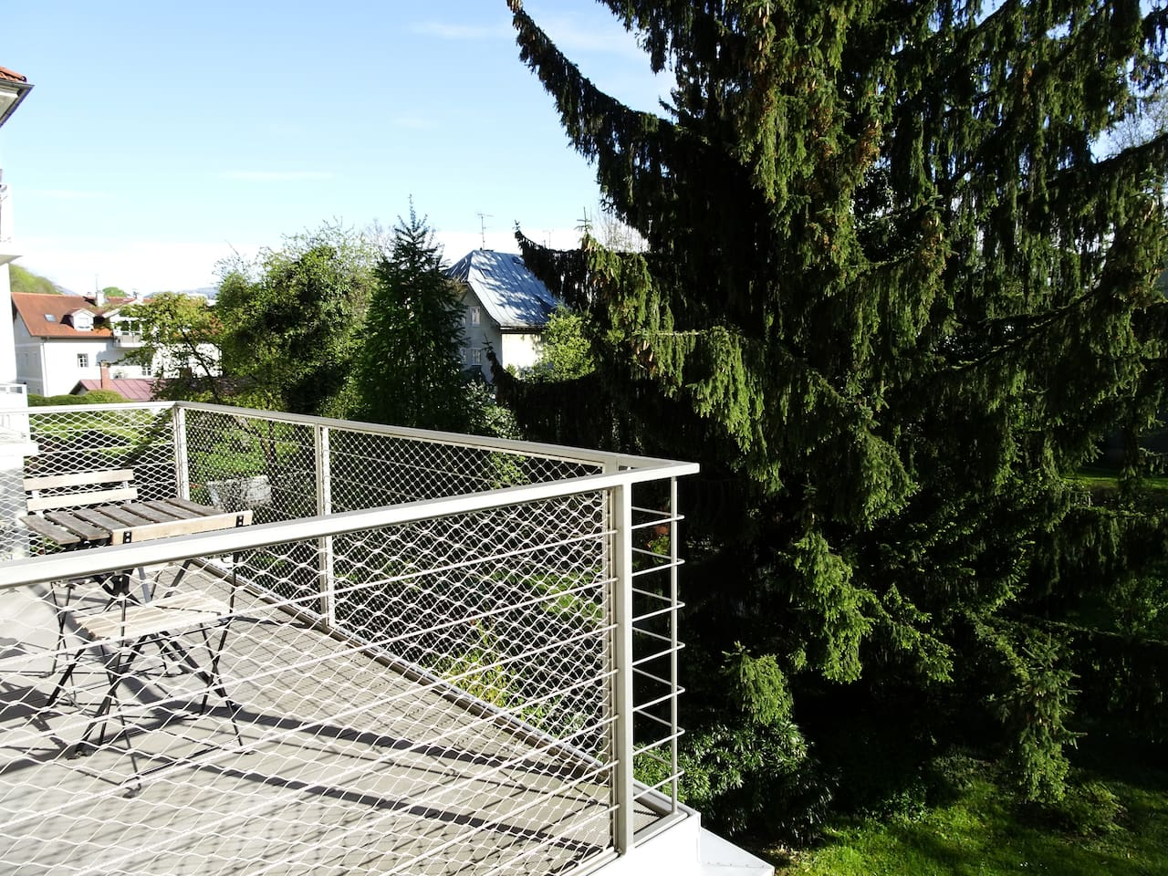 Südbalkon mit Blick auf Untersberg