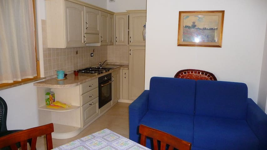 Sardegna apartment in 300m beach - Uta - Apartamento
