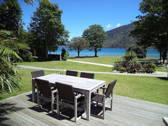 Chalet, Queen Charlotte Track, Endeavour Inlet.