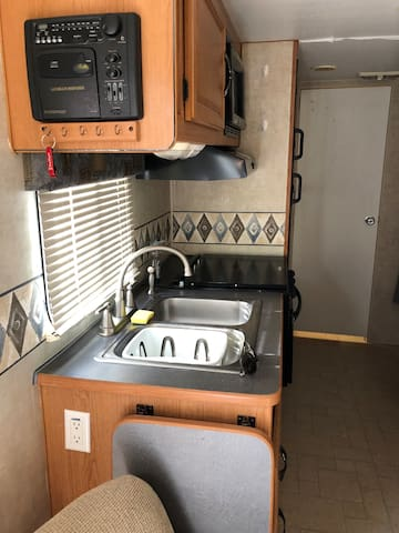 RV Camper Privacy of your own in Pahrump NV