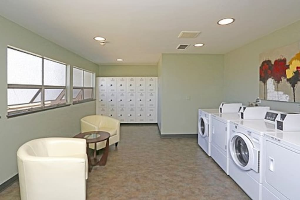 Laundry room ($1.85 Wash $2.35 Dry)
