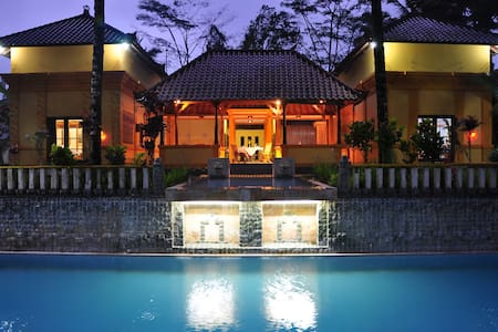 Ubud Hideaway, Perfect Theraphy for Backpacker - Ubud - Huvila