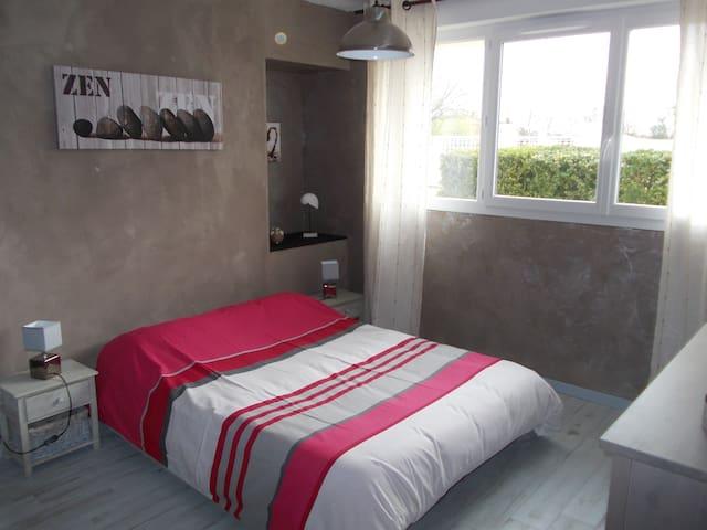 chambre d'hôtes près de La Rochelle - Salles-sur-Mer - Bed & Breakfast