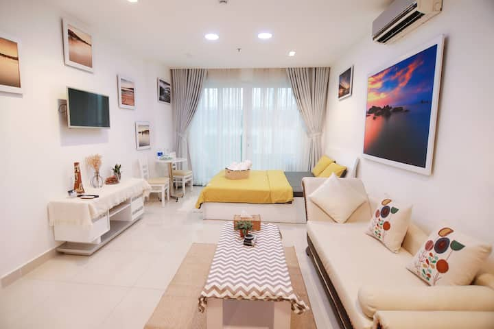 ❤️JolieHome❤️Sky Center☆Private Flat★near airport ✈️