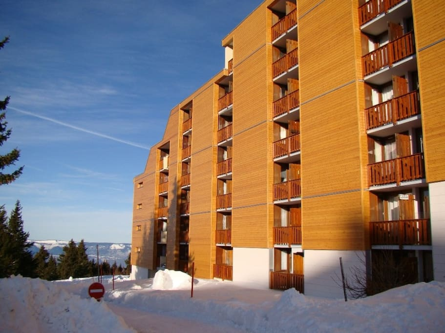 La résidence coté parking en hiver