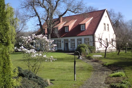 Historic Farm House in Countryside - Mettingen - Dům