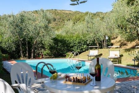 TUSCANY HIDEAWAY - villa and pool - - Castiglion Fiorentino