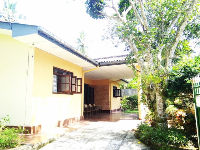Hikkaduwa Private Villa