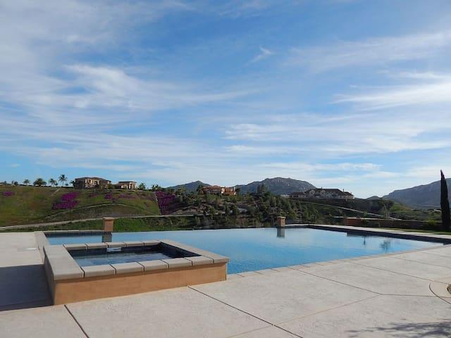 Gorgeous Gated Luxury Italian Estate - Temecula