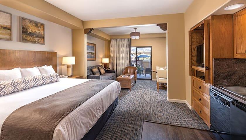 resort Studio - King bed