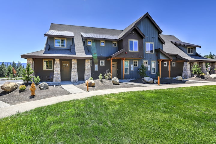 Family-Friendly Suncadia Townhome w/ Hot Tub