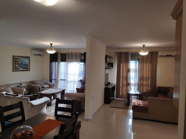 Cosy Furnished Apartment In Ramallah , Almasyon
