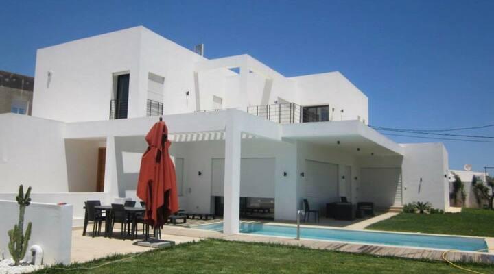 Charmant Studio à La Soukra Tunis tout confort