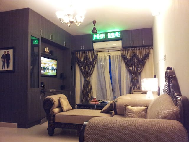 Entire Apartment Modern fully furnished 2 Bed room