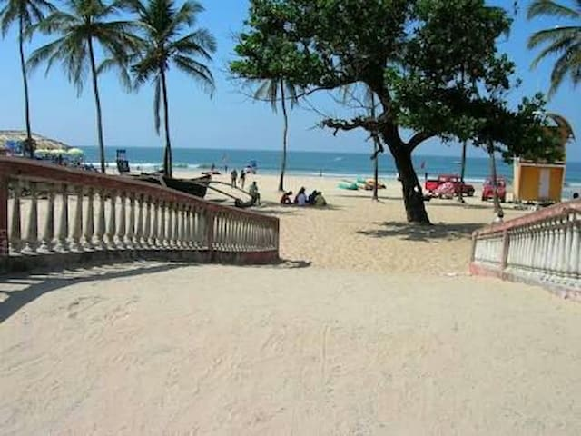 BEST LOCATION AT COLVA COLVA BEACH
