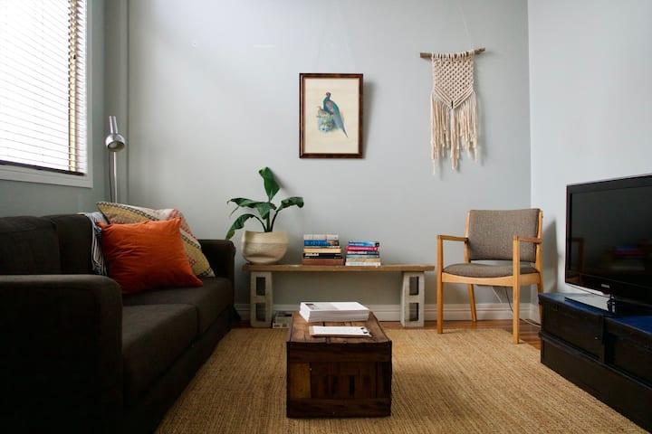 Cute apartment with Brisbane city at doorstep