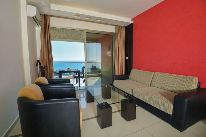 Superior Studio with Balcony Sea view 50m2