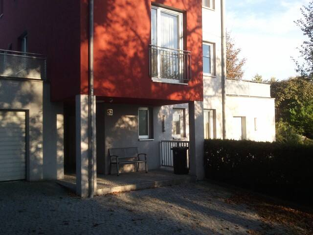Modernes  ruhiges Appartement  - Leonding - Apartmen