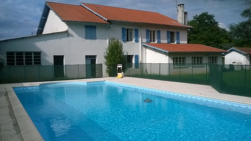 Family house, 15 pers, Landes - Labatut - House