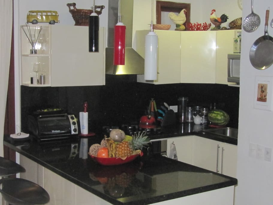 Fully furnished kitchen ready to made you feel home.