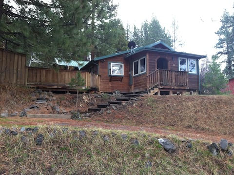 Awesome Cabin Near Crater Lake!