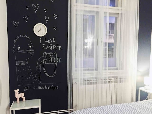 Silvia likes to draw murals and illustrations :)