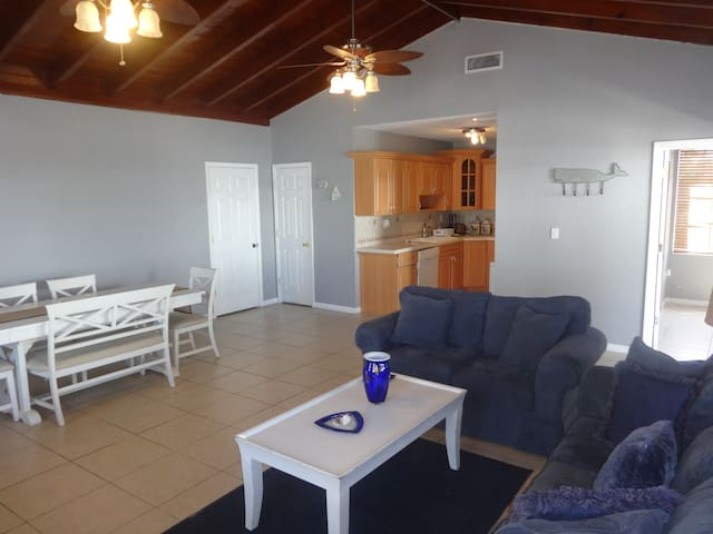 COMFORTABLE HOME - Key Largo - Haus