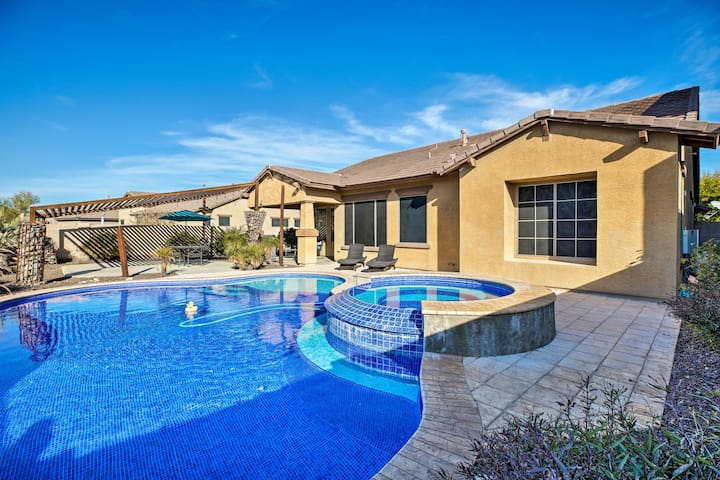 Estrella Mountain Ranch Getaway w/ Outdoor Oasis!