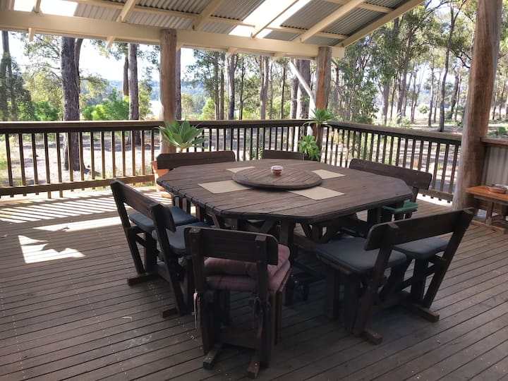 Billabong Cottage  Surrounded in our beautiful Kari & Marri  forest with a very large enclosed deck