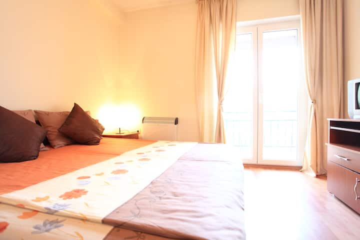 Villa Old Town - double room/lake view-2