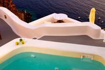 Plunge pool aspect