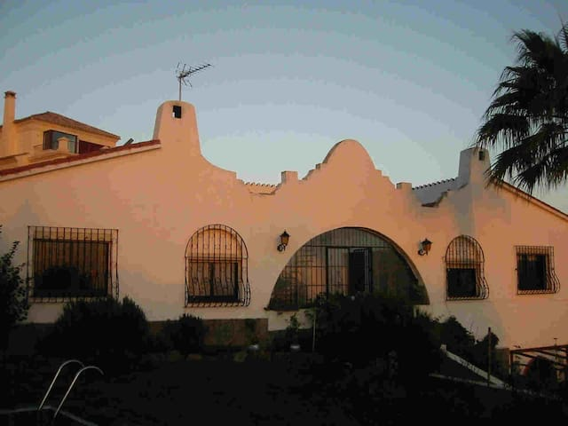 Villa near Estepona with sea view - Estepona - Villa