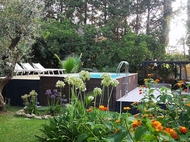 Villa in Masseria con piscina, tennis e spa