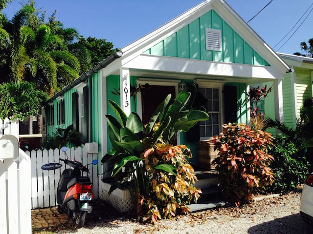 Morning Star, beautiful conch house - 키웨스트(Key West)