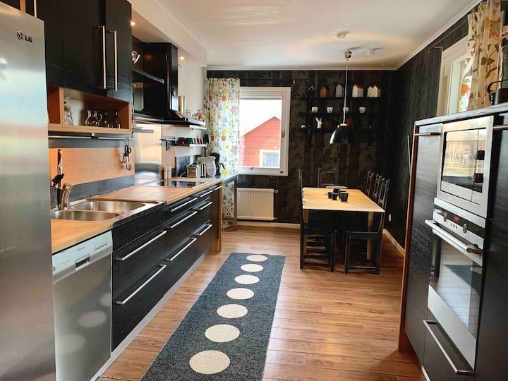 Stor lägenhet för 8 - 10 personer nära Romme Alpin