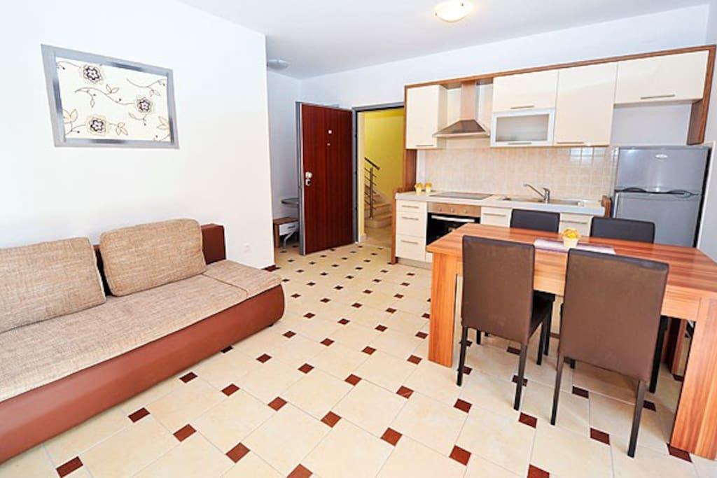 Apartment 1,4