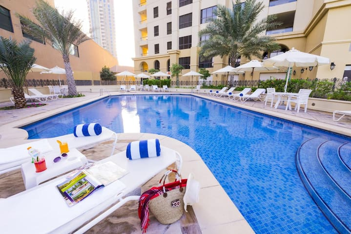 Ladies apartment in JBR with beach access