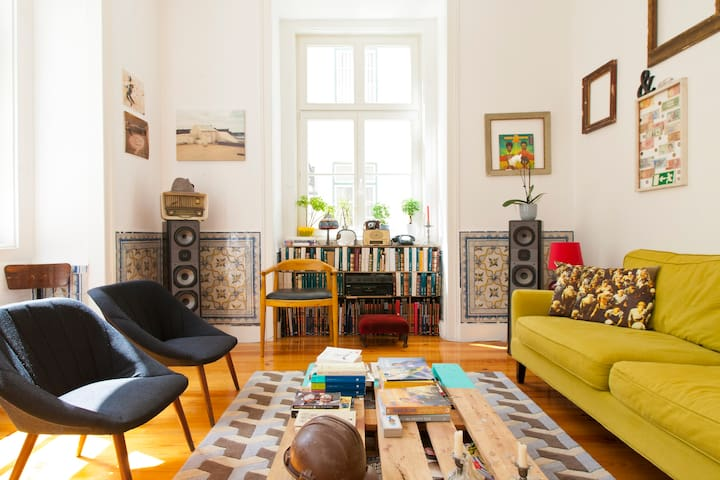 Sunny and Wonderful Downtown Flat - Lizbon - Daire