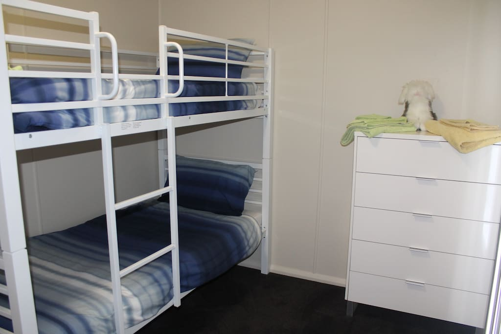 Bunk room with optional trundle