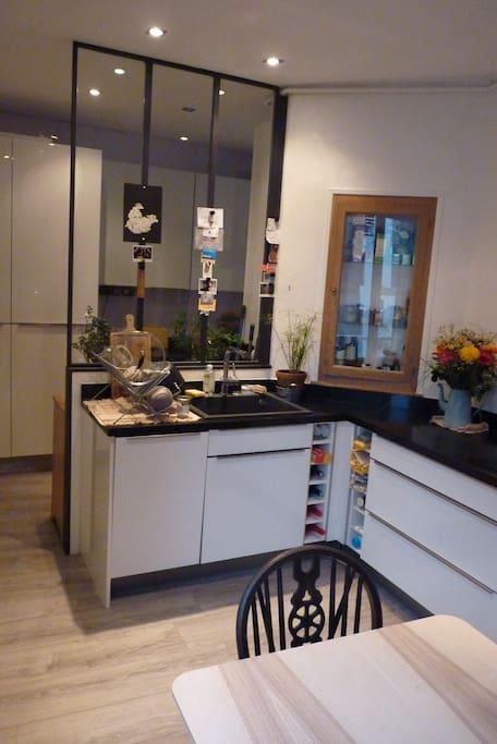Pièce importante : la cuisine ! // very important : the kitchen !