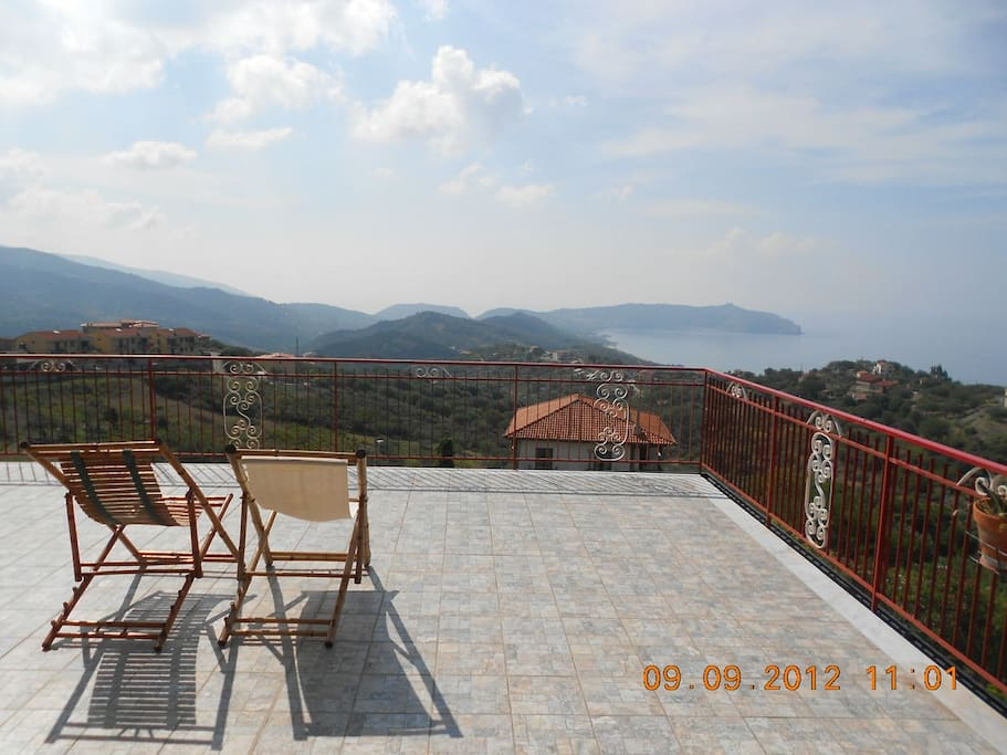 Panorama dalla terrazza / View from the terrace