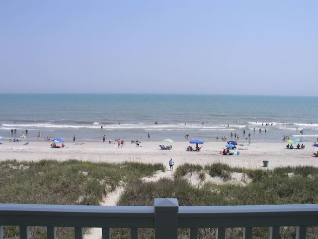 Oceanfront Condo in N.Myrtle (2BR) - North Myrtle Beach - Apartment