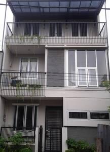 Guest House @Matraman in Djakarta - East Jakarta - Общежитие