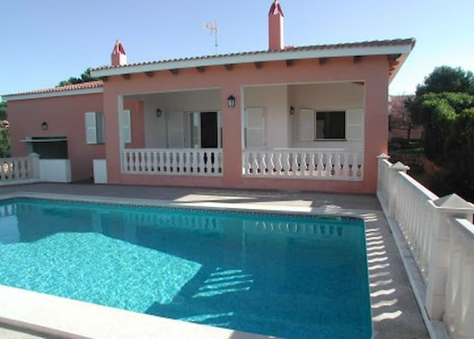 Private villa with pool & by sea -  Cala Canutells (Mahón)