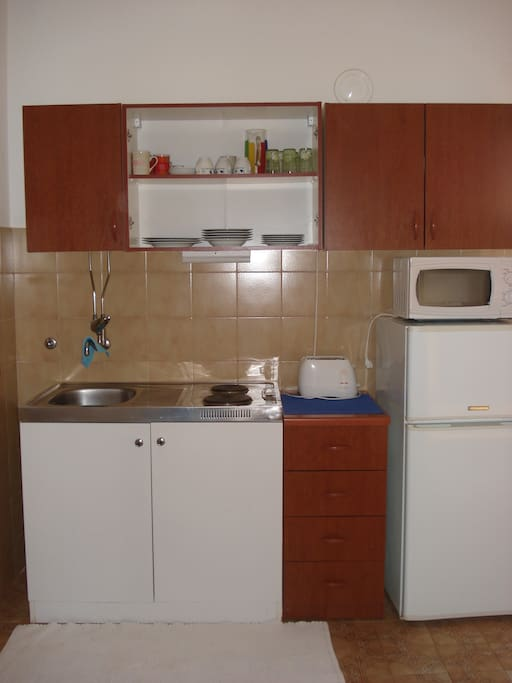 Kitchenette - Apartment 2