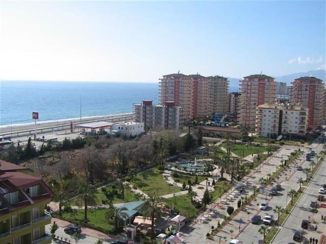 Фотография района, в котором расположен комплекс
