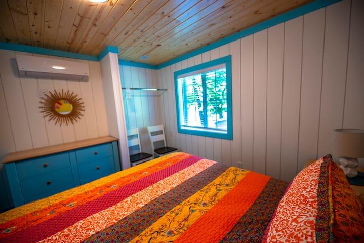 Hobby Crest Resort on Hamlin Lake