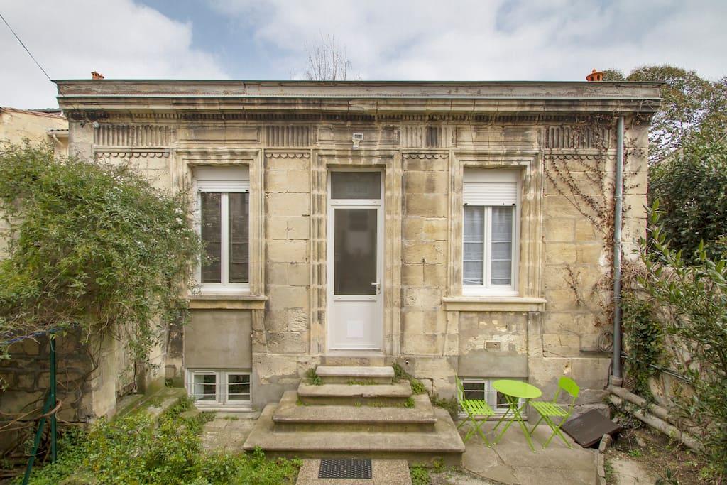 La petite choppe bordelaise maisons de ville louer for Maison louer bordeaux