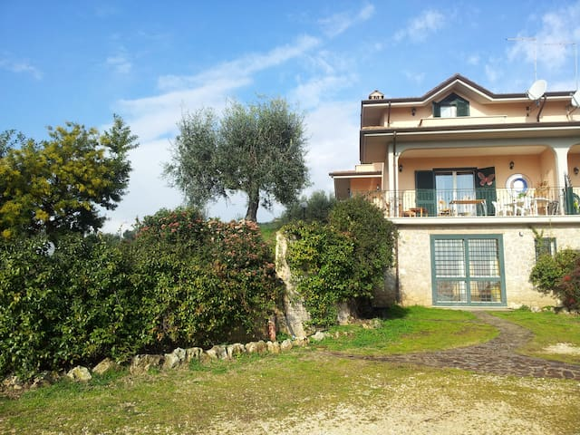 The comfortable house in Rome  - Fiano Romano - วิลล่า
