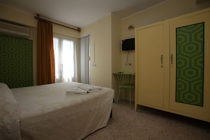 Double Room with bathroom Ensiute